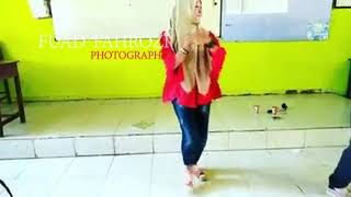 Video Cewek berkerudung lincah banget joget station top 10 training dance menabjubkan download MP3, 3GP, MP4, WEBM, AVI, FLV Juli 2018