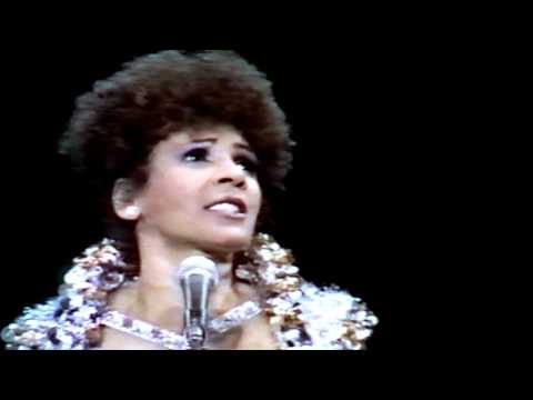 Shirley Bassey - This Is My Life (1980 Live in Amsterdam)