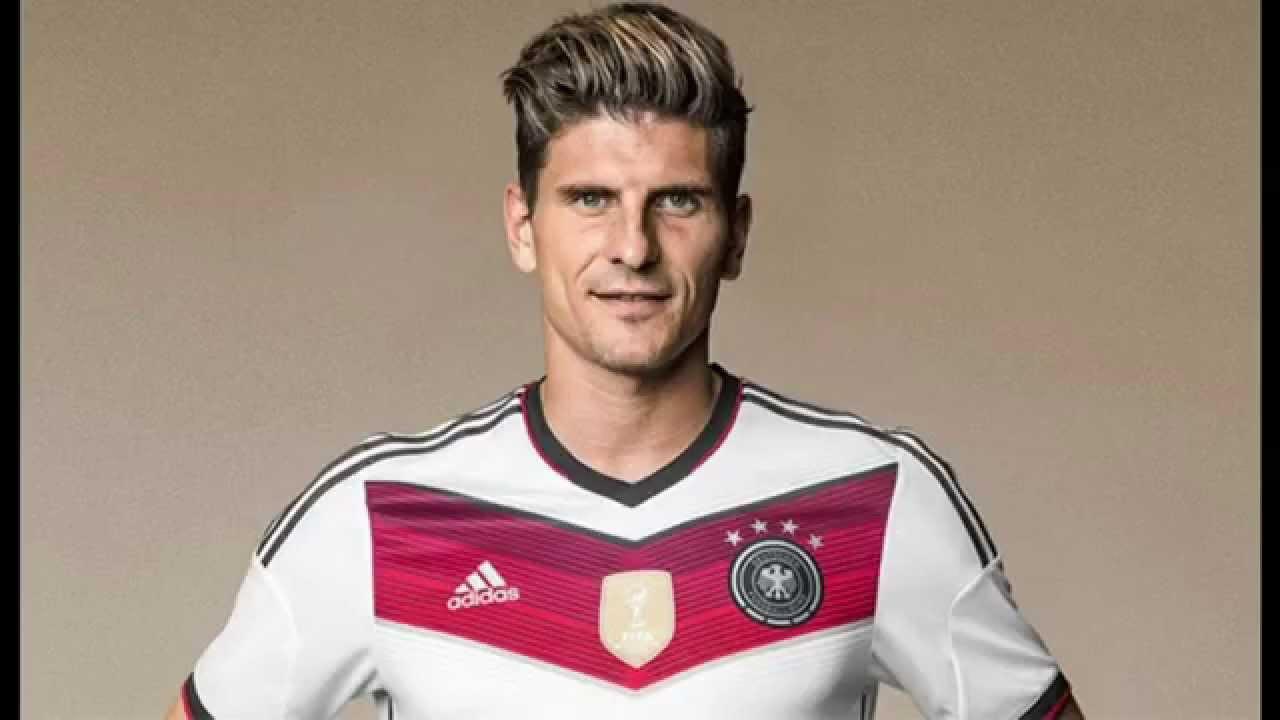 footballer soccer hairstyles