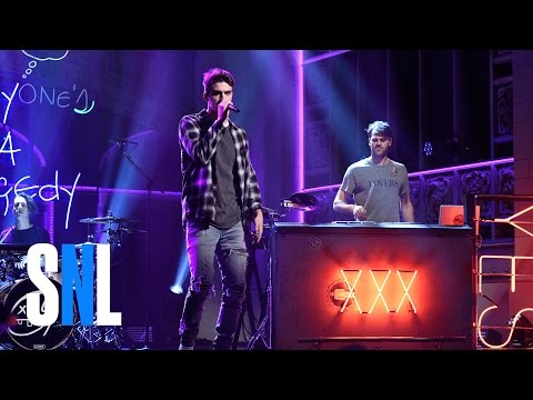 The Chainsmokers: Break Up Every Night  SNL
