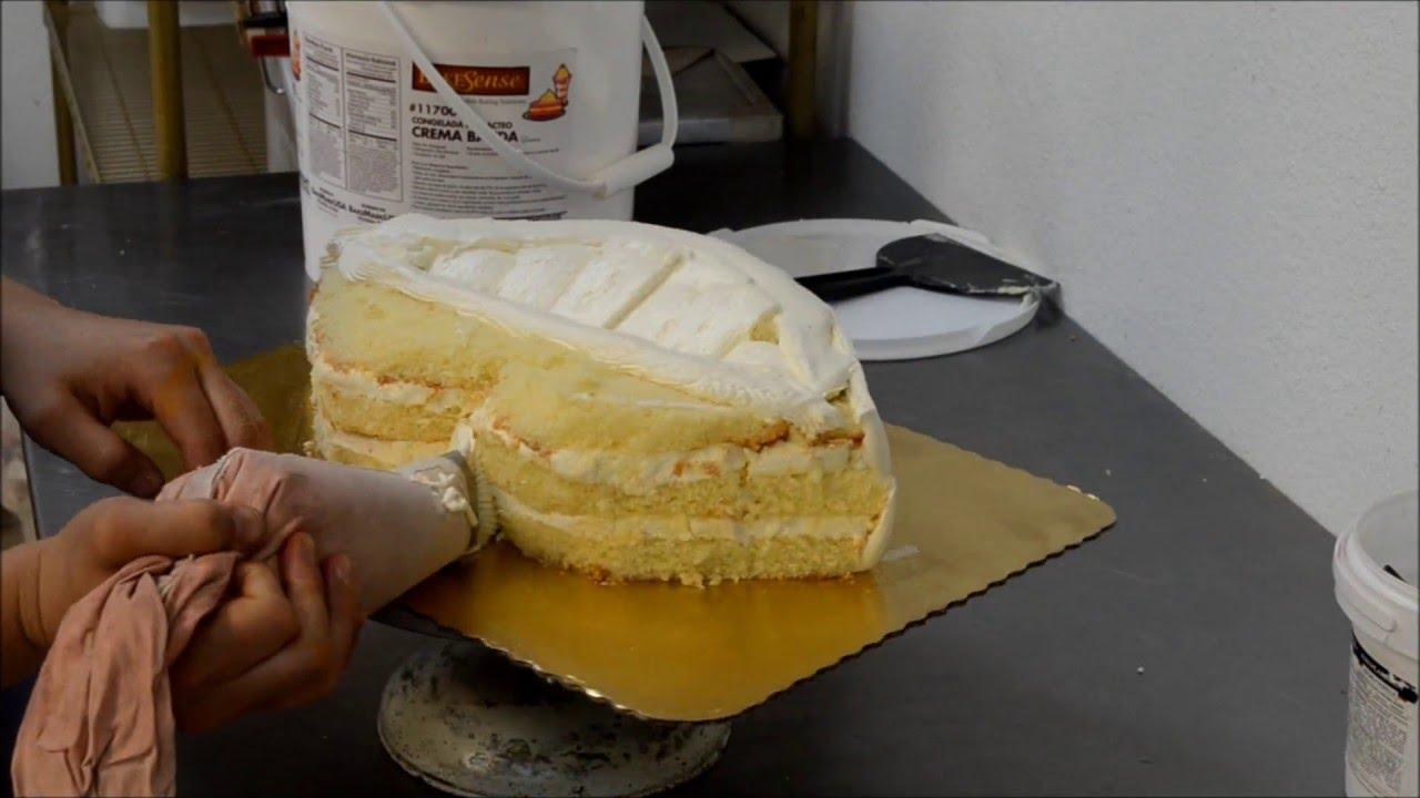 How To Make A Lip Shaped Birthday Cake Youtube