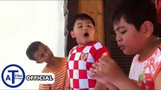 [Phim Ngắn] Ăn Bánh Theo Kiểu Ông Hàng Xóm 8 Tuổi (Slow Motion)