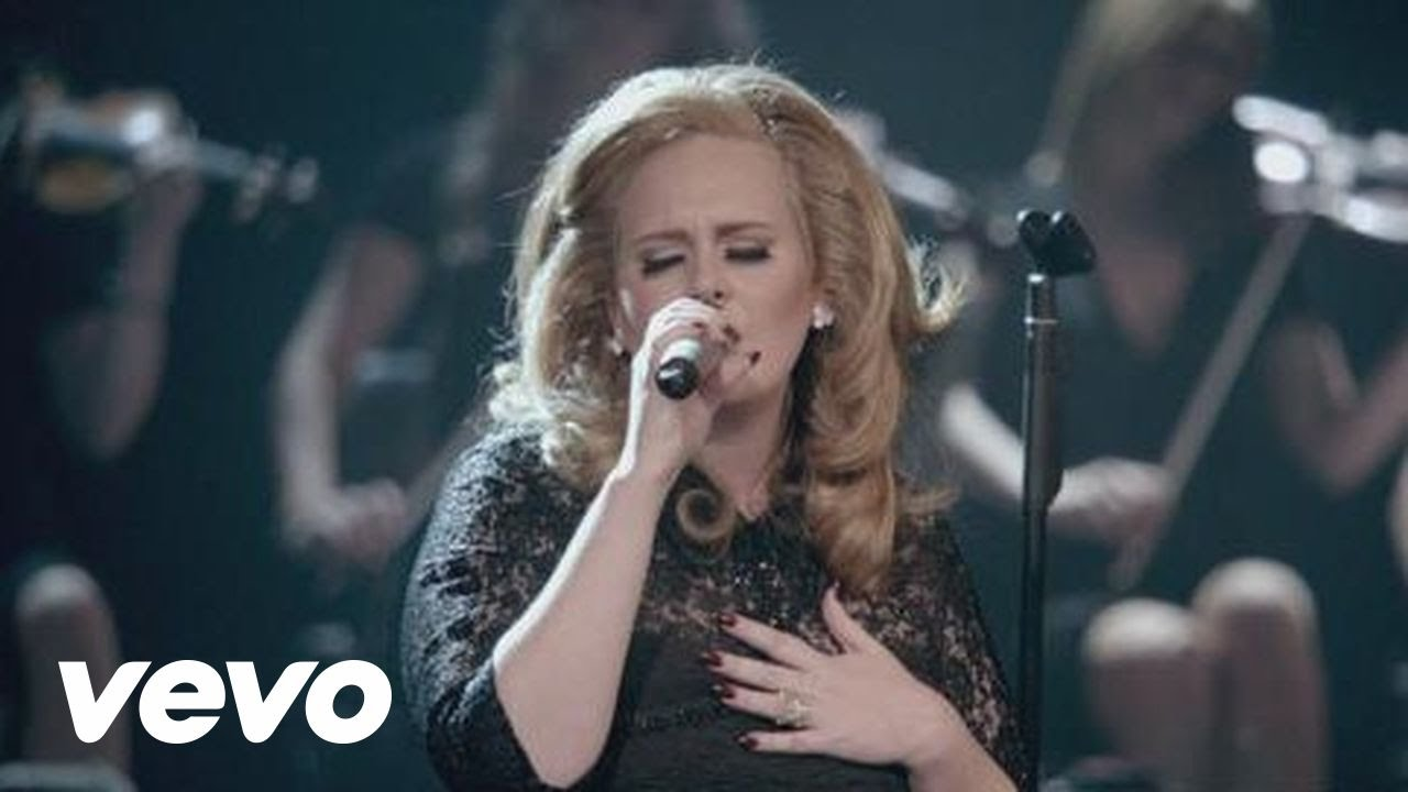 adele-turning-tables-live-at-the-royal-albert-hall-adelevevo