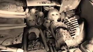 Monster high y barbies - pijama party de terror  parte 2