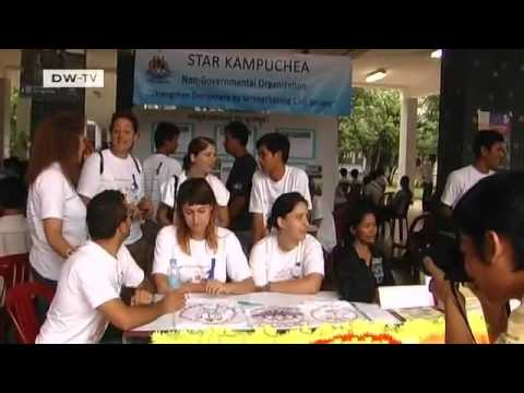 Spending a day with the UN Volunteers in Cambodia | Global Ideas