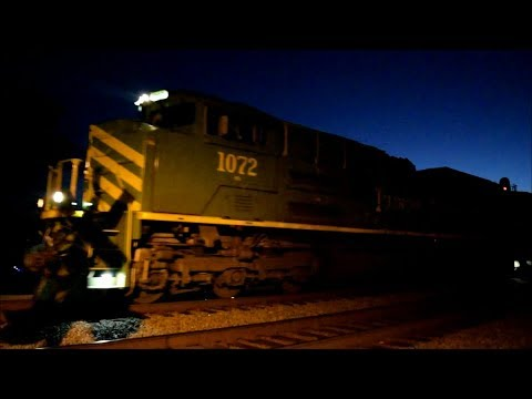 Illinois Terminal Heritage Leading NS #V07 Through Canal Drive (12/10/17)