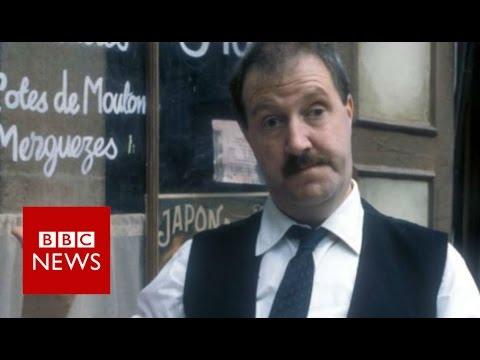 Allo  Allo! star Gorden Kaye dies at 75 - BBC News