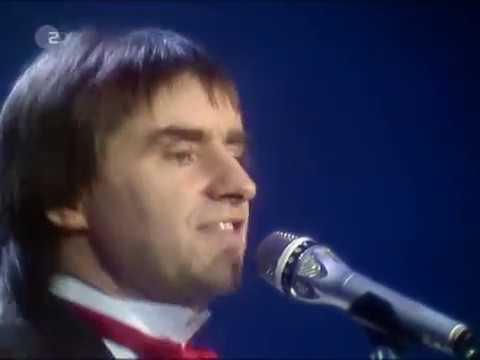Chris De Burgh - Don't Pay The Ferryman (LIVE) (1982) (HQ)