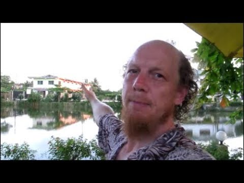 GHANA Vlog: HOTEL REVIEW - HANS COTTAGE BOTEL, CAPE-COAST