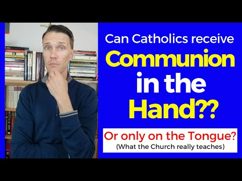 How to receive communion! (Communion in the hand or on the tongue?)
