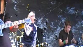 Kontrust - The smash song live @ koppelpop