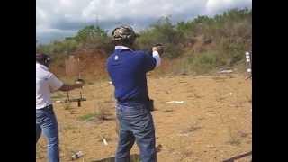Entrenamiento de Tiro con Pistola Beretta Cougar 8000F - No. 2015-01