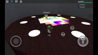 ROBLOX Brawl | weird dance floor map
