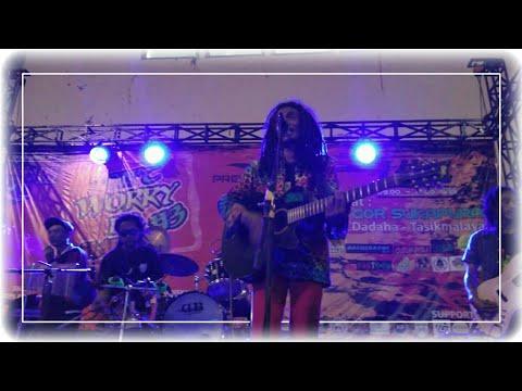 Fredi Kayaman live in Tasikmalaya   Don't Worry Be Happy #3 at GOR Sukapura - Dadaha.