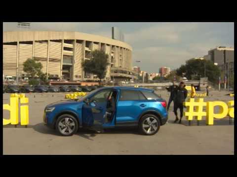 Los jugadores del FC Barcelona reciben sus Audi