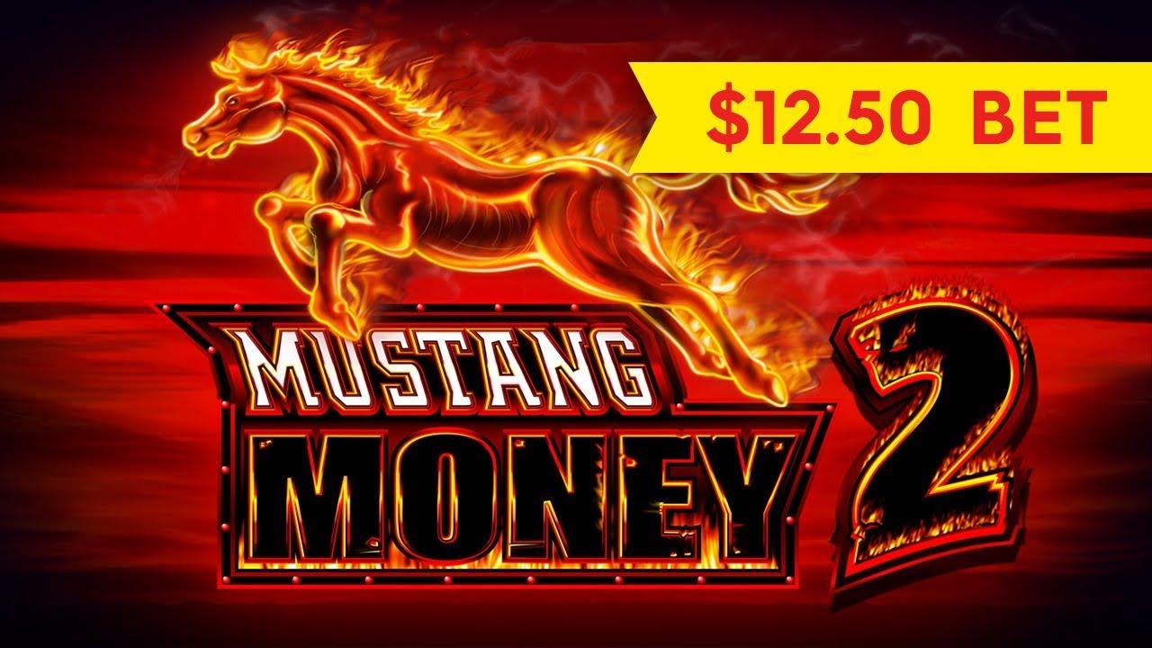 Mustang Slot Machine