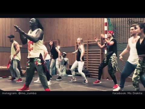 MO DIAKITE: Pa' la Camara by CHACAL  (Zumba® fitness REGGAETON choreography)