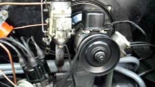 Motor VW 1200, 6 volts funcionando.