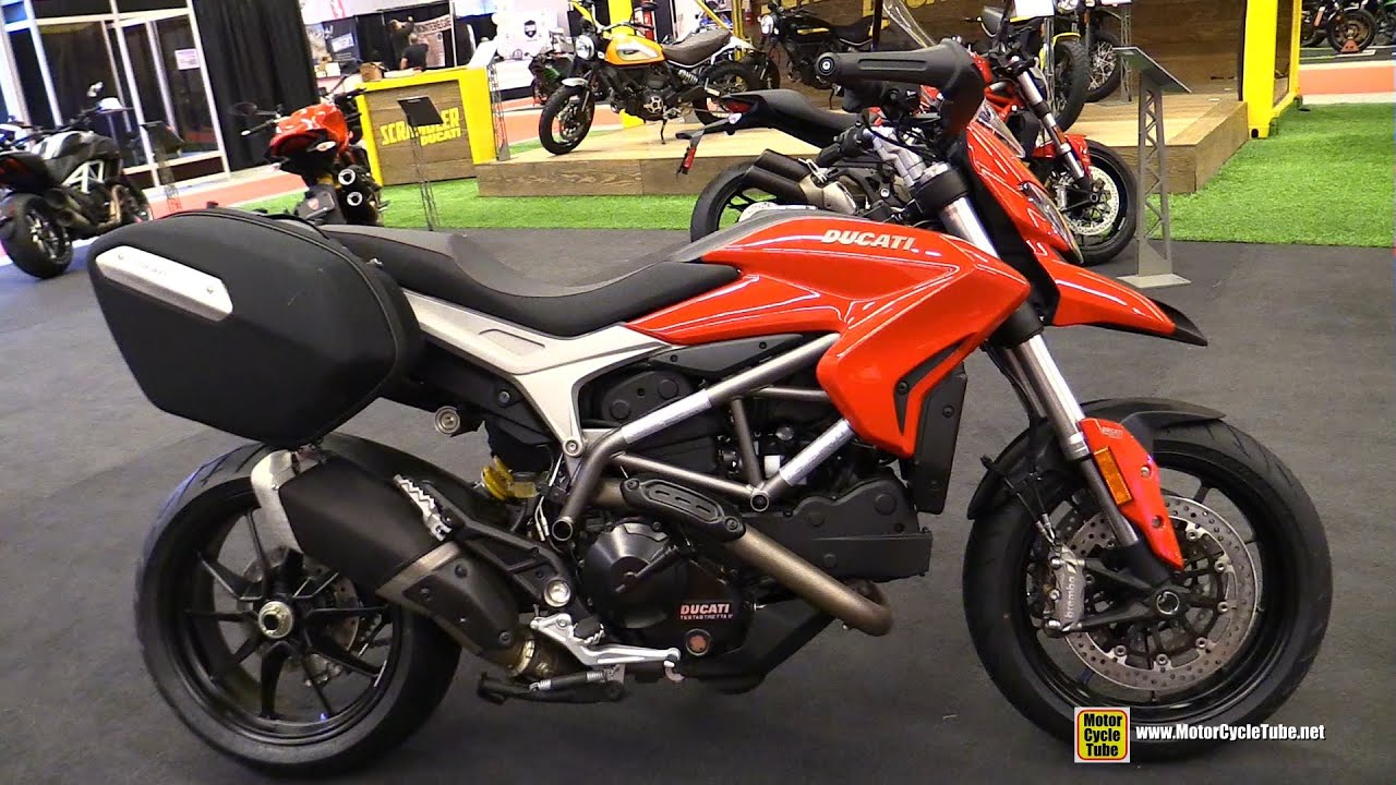2015 ducati hyperstrada 821 walkaround 2015 salon moto de montreal youtube. Black Bedroom Furniture Sets. Home Design Ideas