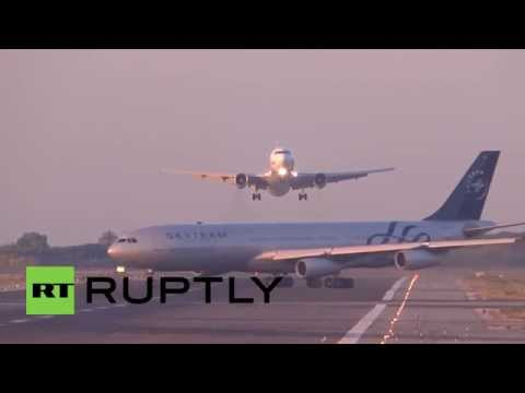 Spain: Passenger planes seconds from disaster