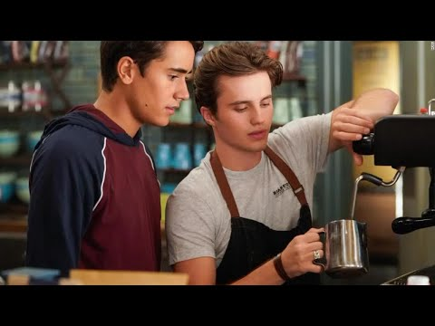 'Love, Victor' adds new chapter to the coming-out tale in 'Love, Simon' from YouTube · Duration:  2 minutes 58 seconds