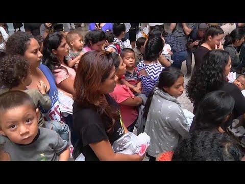 ترامب يخرج أطفال المهاجرين من الأقفاص لكنه لن يجعل أميركا مخيماً للمكسيكيين…  - 16:21-2018 / 6 / 23