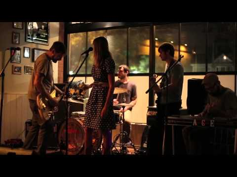 Diamond J and the Rough - Nora Jones (live unreleased)