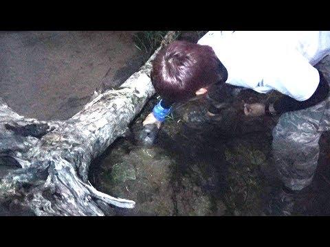 沖縄北部の川に大ウナギ用の仕掛けを設置した結果 #バカサバイバルカットシーン3