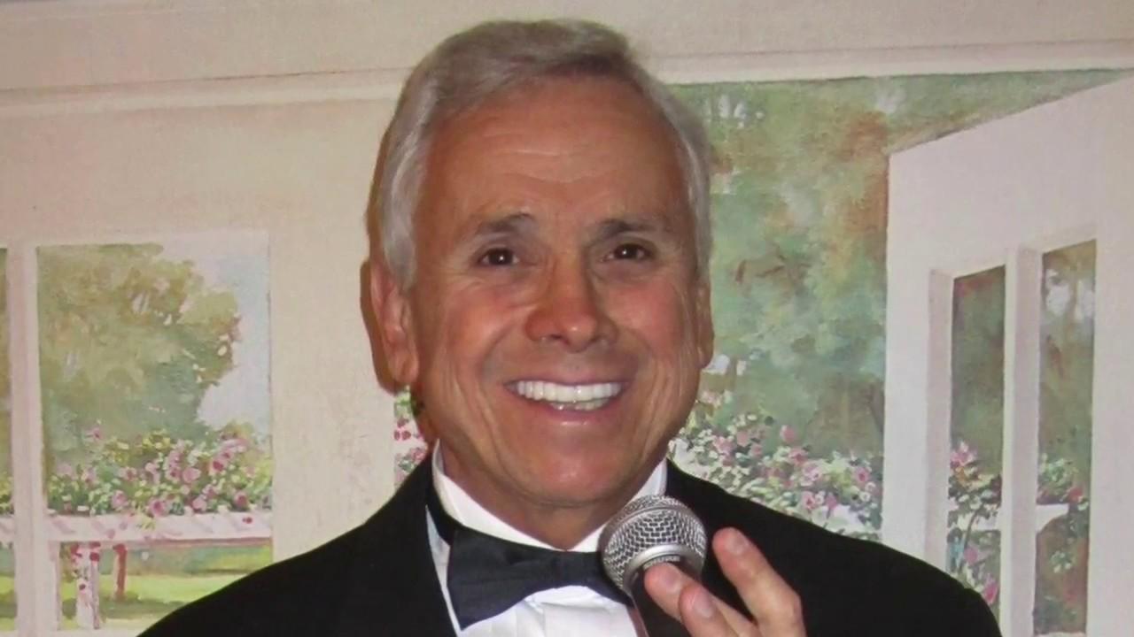 Long Island Wedding Dinner Hour Singer