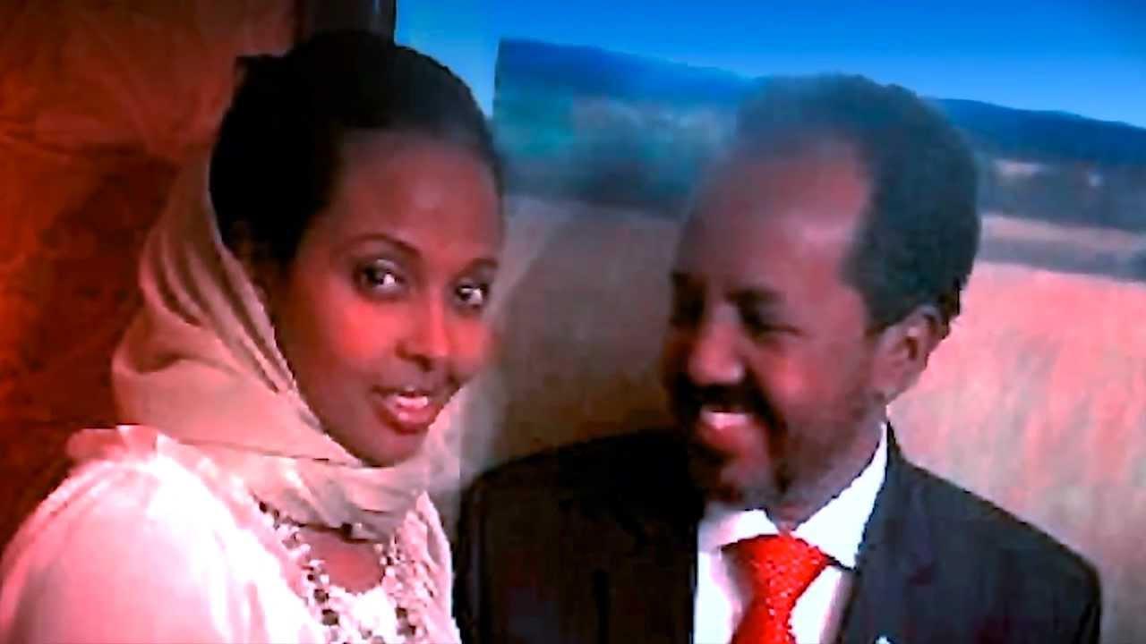 Madaxweynaha Somalia Oo Gabar Lagu Qabtay!
