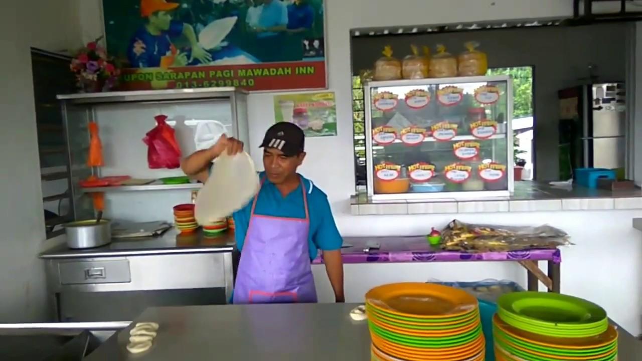 Roti Canai Terbang Tangkak Johor.
