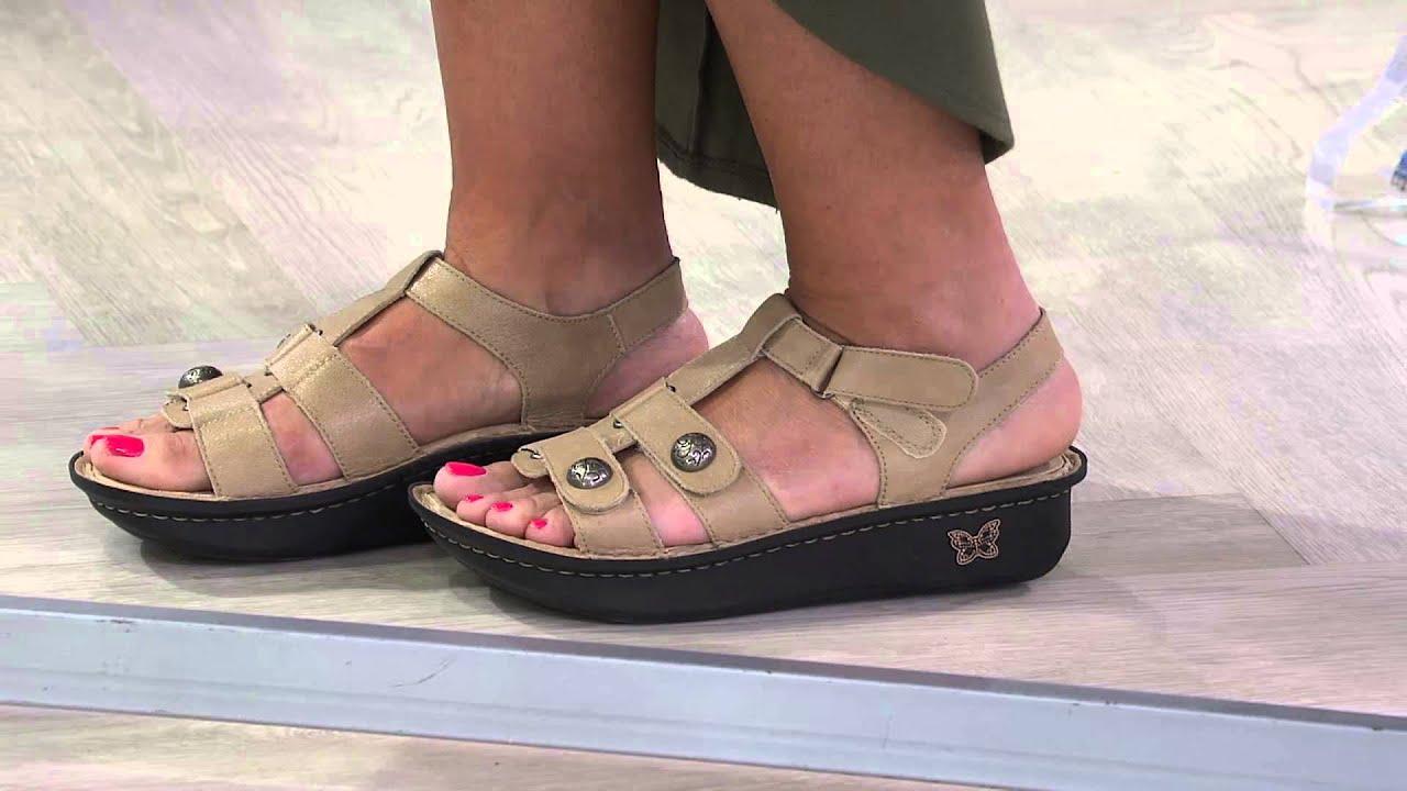 635628cc9ecb Alegria Leather Wedge Sandals w  Back straps - Kleo with Jennifer Coffey