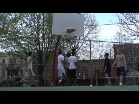 Dunkfather:175 cm on 10 Feet!!!Montreal St-Laurent court,Game footage