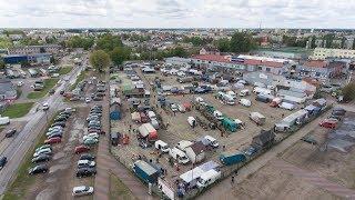Targowisko miejskie w Ostrołęce u zbiegu ul. Zawadzkiego i Targowej