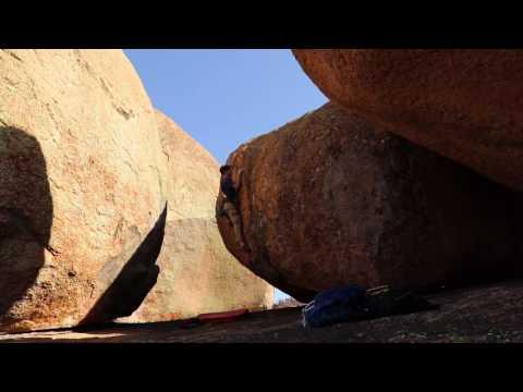 Bouldering Matobo Hills