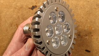 inside-a-chunky-7w-par30-led-landfill-lamp-good-hack-potential