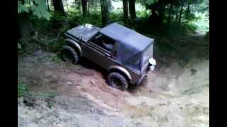 1988.5 Suzuki Samurai back yard wheeling