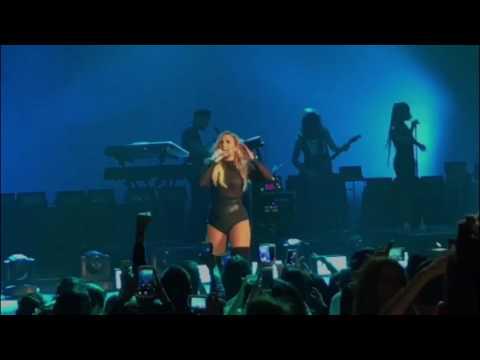 Demi Lovato - Kingdom Come (Live In Guadalajara, Mexico)