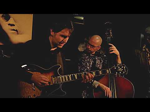 HUGO FERNANDEZ QUARTET plays 'Metro' live at Jimmy Glass Jazz Bar 2017