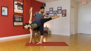 Clase de Power Yoga para un alineamiento perfecto