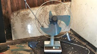 Smashing a Vintage KDK 40KAL Desk Fan