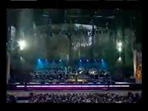 Annie Lennox Why Live Party at the Palace: The Queen