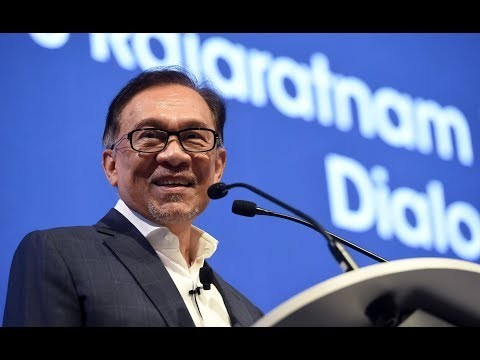 Anwar again says no doubt about taking over from Dr Mahathir