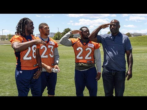 Terrell Davis visits Broncos practice as Hall of Famer