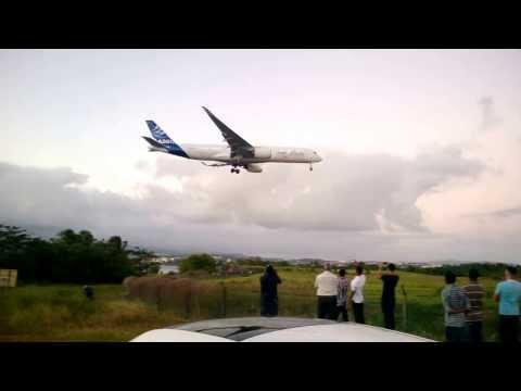 Landing A350-900 Martinique