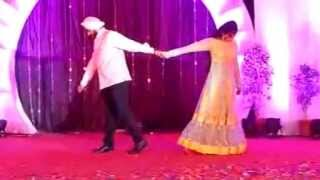 Couple Dance on Mast Magan n Sajde... :)