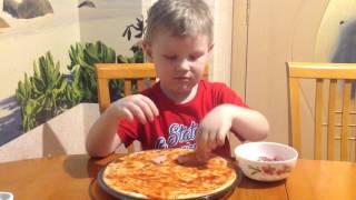 Простые детские рецепты - Пицца. Готовят дети.