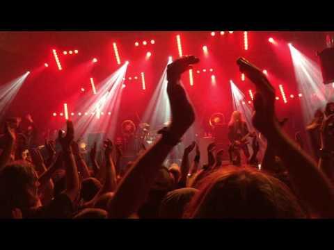 Arch Enemy NOAF 2016 under black flags PetziAZ