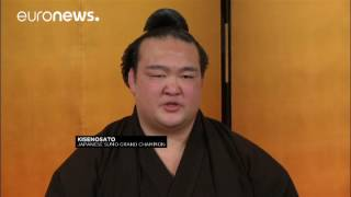 Высший титул в сумо впервые за 19 лет присужден японцу