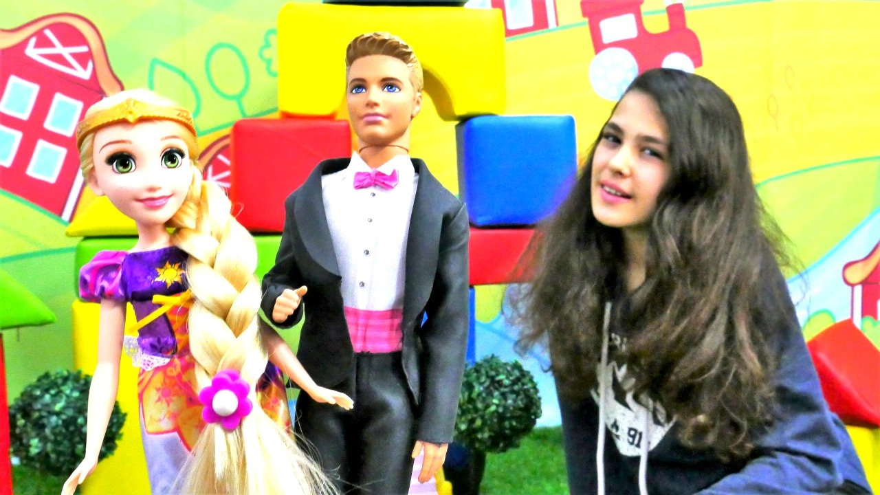 Ken Ve Rapunzel I Evlendiriyoruz Elbise Boyama Oyunu Youtube
